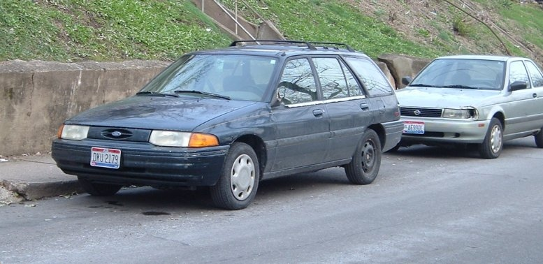 1995-Escort-wagon