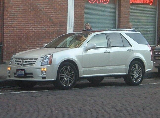 Cadillac-crossover-wagon