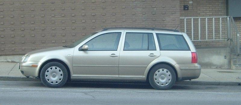 Newish-Volkswagen-Jetta-wagon